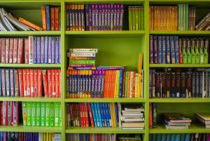 Facilities - Bookshelf
